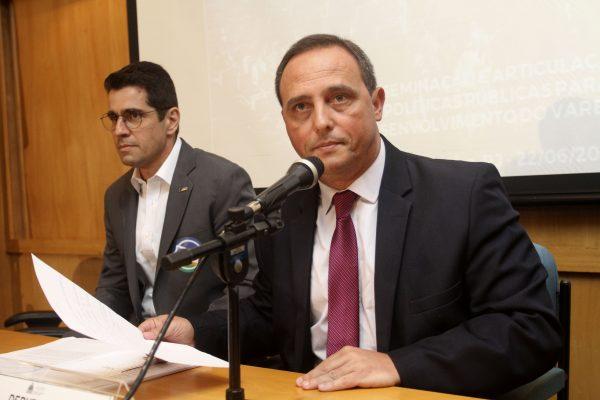Deputado Waldeck Carneiro comenta resultados da audiência sobre políticas públicas para o varejo