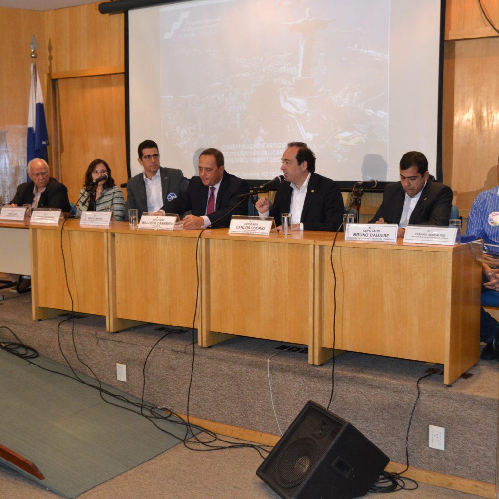 FCDL/RJ apresenta necessidades do setor varejista em audiência pública na Alerj